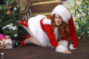 http://img230.imagevenue.com/loc102/th_531536218_silver_angels_Sandrinya_I_Christmas_1_087_123_102lo.jpg