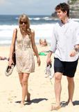 Тайлор Свифт, фото 12225. Taylor Swift Bondi Beach after breakfast at Bill Darlinghurst in Sydney - 08.03.2012, foto 12225