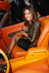 Jessica Alba leggy attends Machete Premiere in LA - Hot Celebs Home