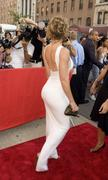 [IMG]http://img230.imagevenue.com/loc566/th_546415700_jessica_biels_butt_in_a_white_dress_532x888_122_566lo.jpg[/IMG]