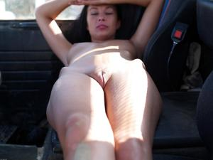 [Image: th_886842524_Hana_hegre_truck_driver_2_122_58lo.jpg]
